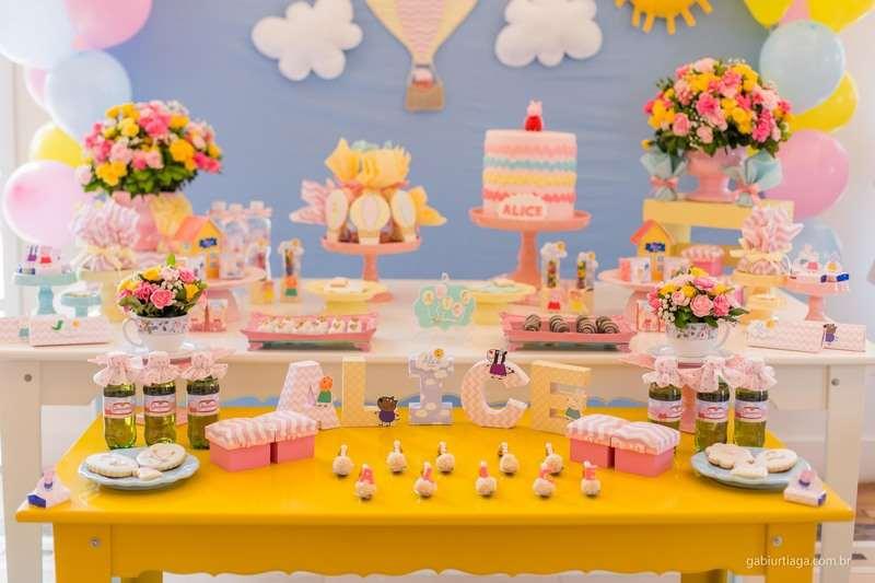 decoração amarela da peppa pig de aniversário