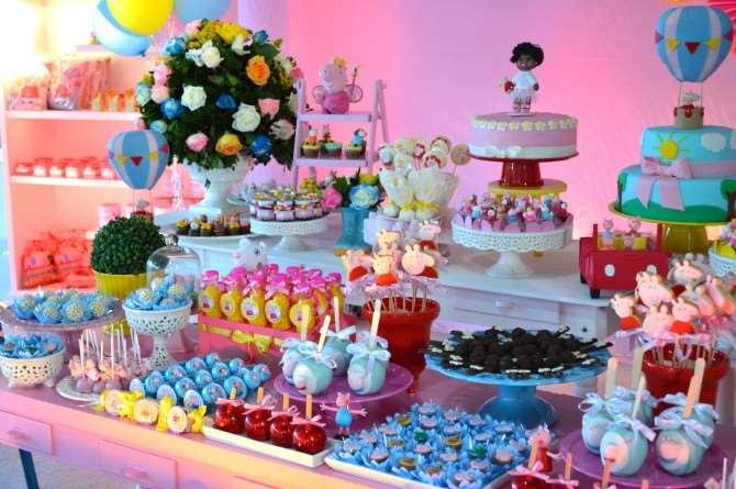 Linda decoração de festa da Peppa Pig