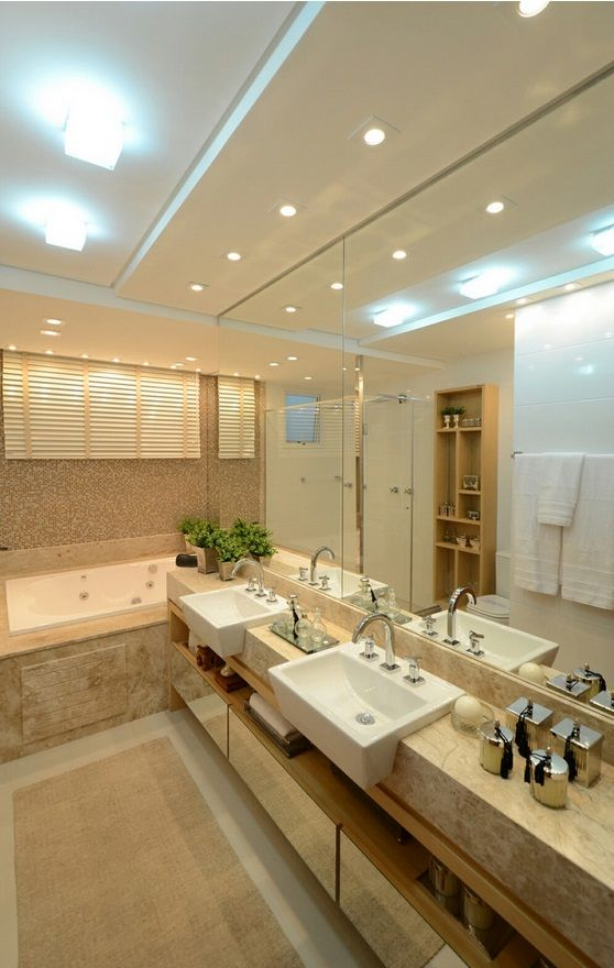 Espelhos decorativos para ampliar o espaço interno do banheiro