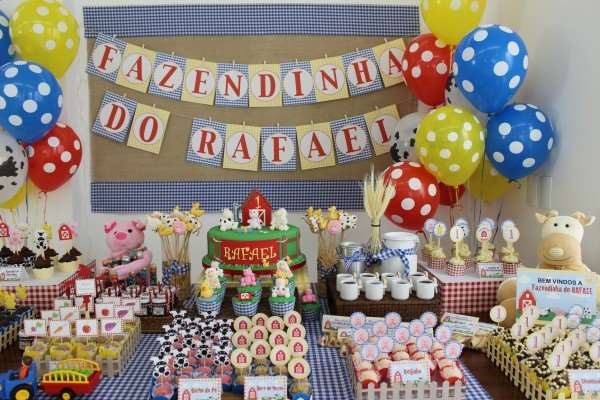 festinha temática de fazenda para festa infantil