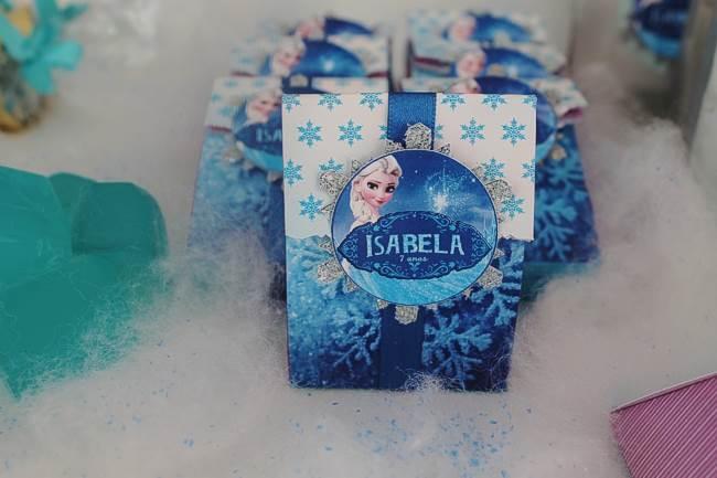 kit lembrancinha frozen para aniversário