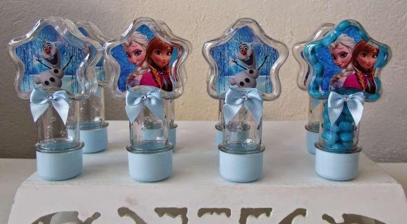 lembrancinha para convidados em festa de aniversário Frozen
