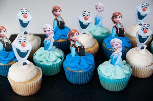 Cupcaker de aniversário Frozen aventura congelante