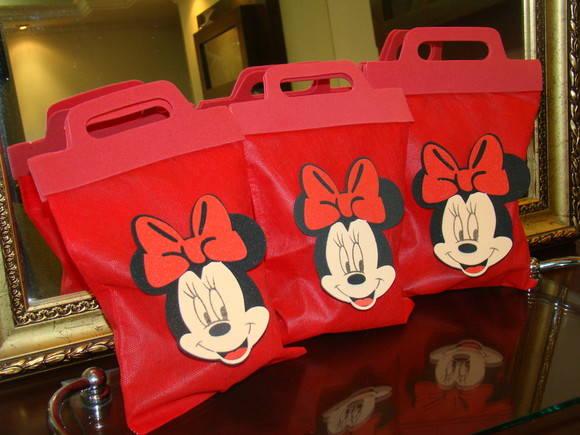 Saquinhos de lembrancinhas da Minnie Rosa
