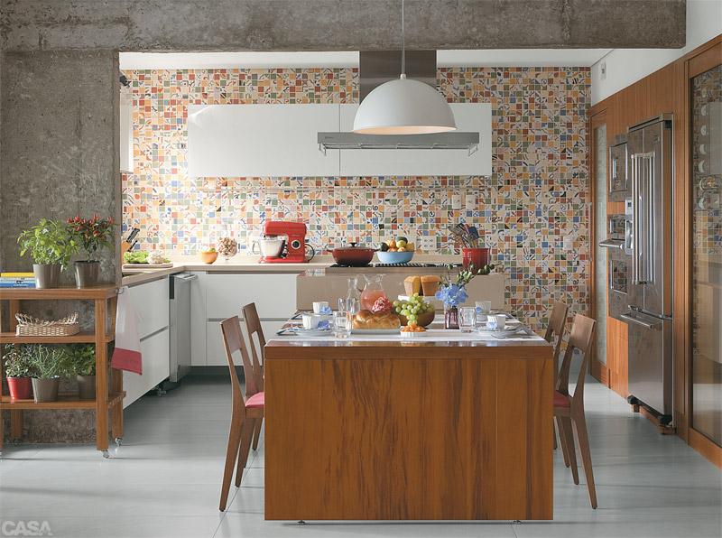 cozinha com pastilhas coloridas