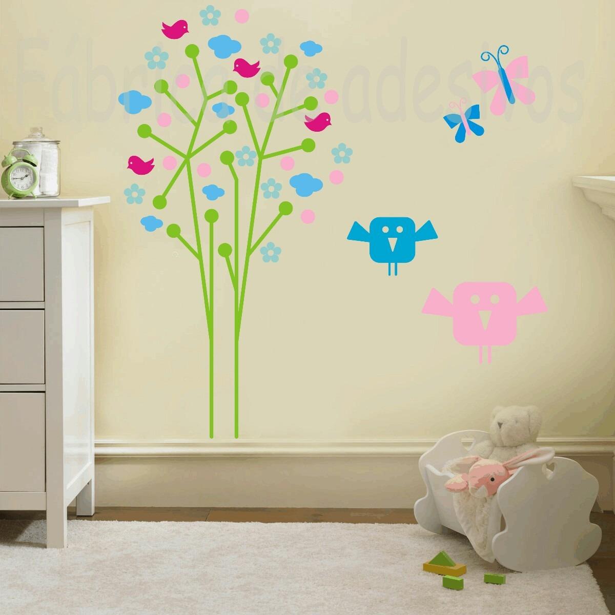 Adesivo floral para quarto infantil