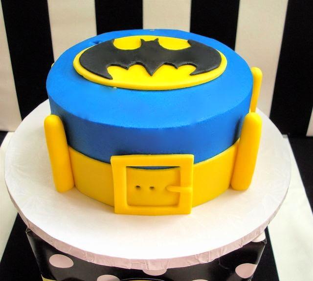 bolo do batman tema aniversário infantil