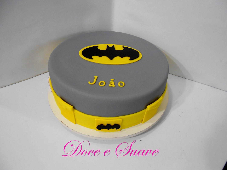 Bolo de aniversário cinza do Batman
