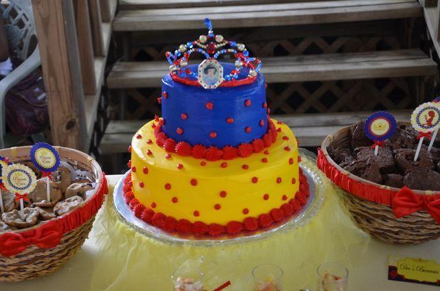 bolo-festa-branca-de-neve-13