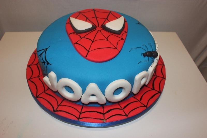 Bolo de aniversário do Homem Aranha