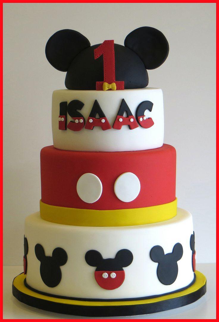 Bolo de aniversário do Mickey decorado em vermelho e branco