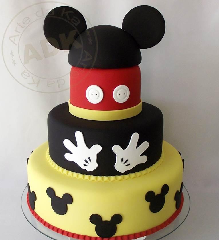 Bolo de aniversário do Mickey com 3 níveis