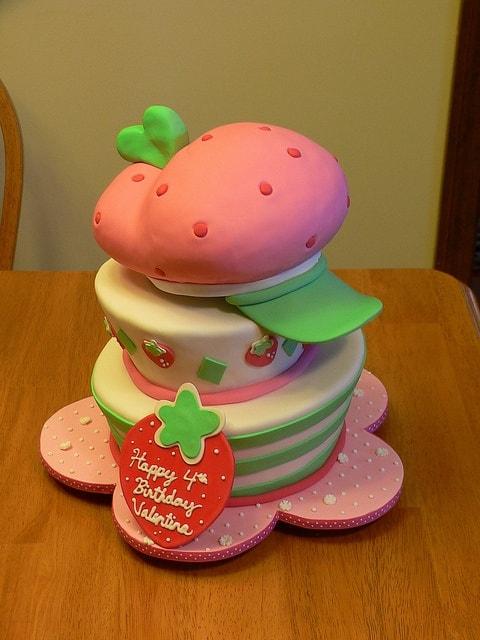bolo de aniversário Moranguinho