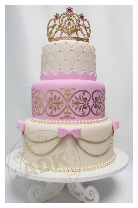 bolo de aniversário para festa tema princesas