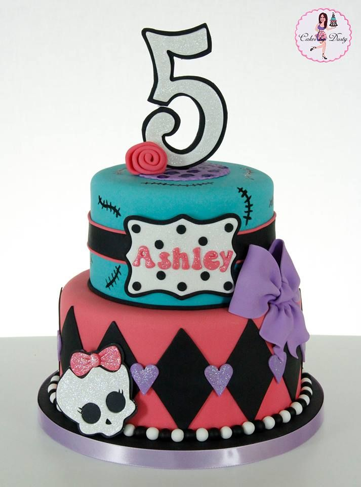 Bolo de 2 níveis de Monster High