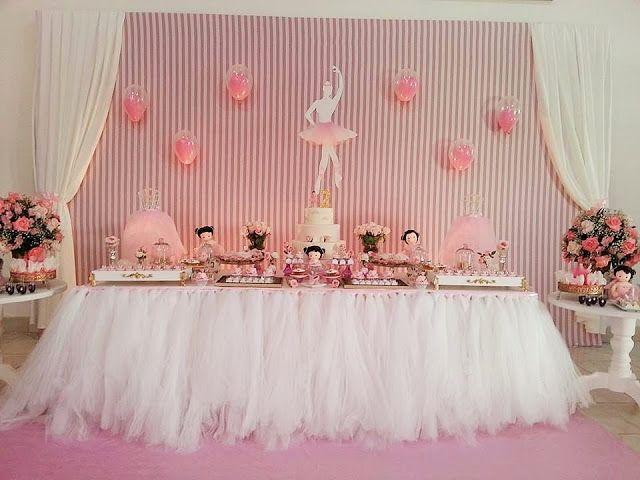 Mesa decorada de bailarina para esta infantil