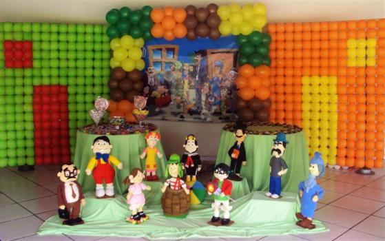 Festa de anoversário do Chaves dom decoração personalizada