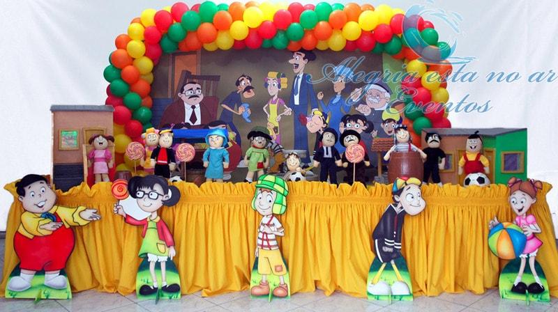 Festa de aniversário decorada da Turma do Chaves