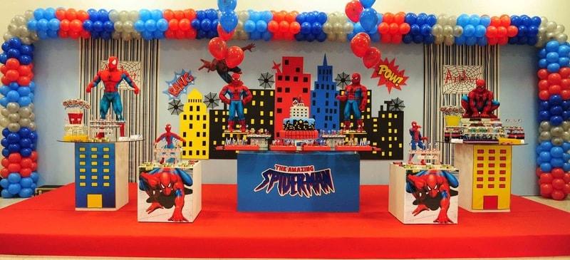 Festa de Aniversário decorada do Homem Aranha