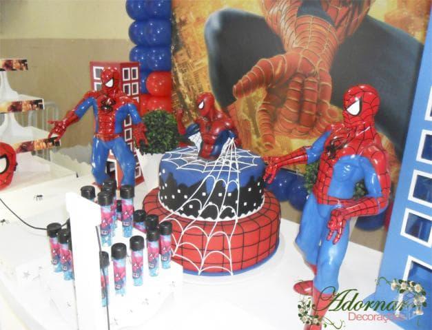 Decoração de mesa de aniversário do Homem Aranha