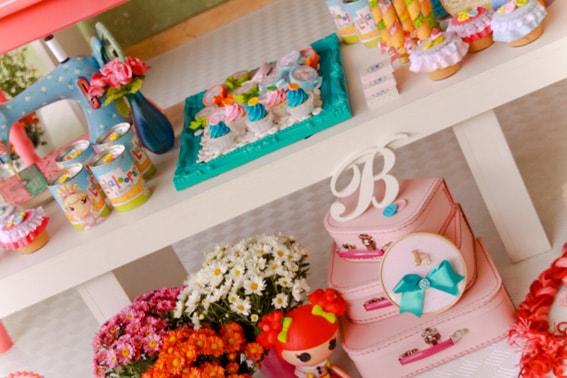 festa de aniversário decorada da Lalaloopsy