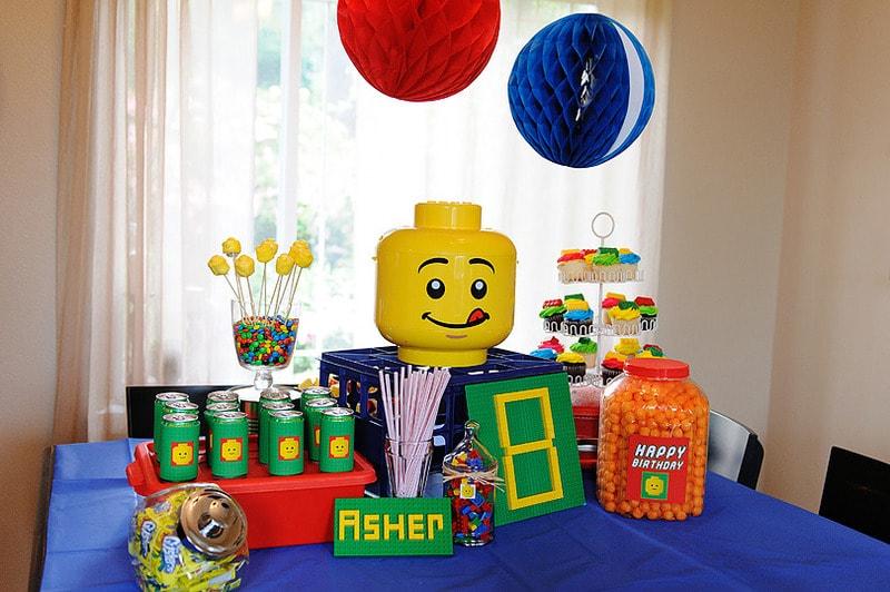 Festa de aniversário infantil tema Lego