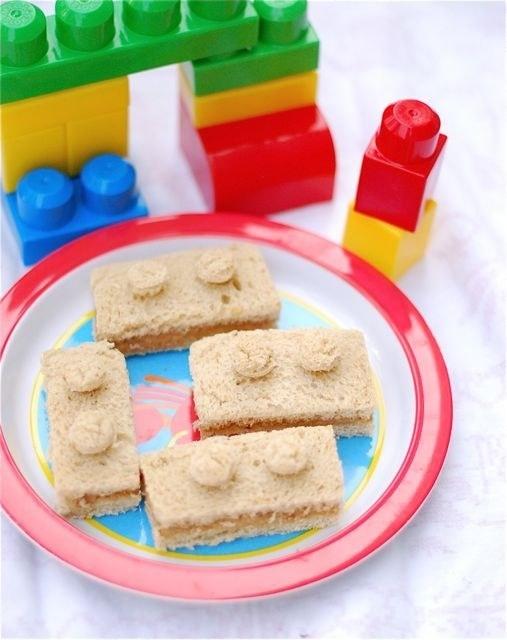 sanduichinhos decorados estilo Lego