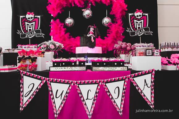Decoração festa tema Monster High