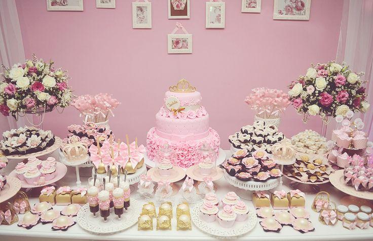 Decoração de aniversário de princesas para festa temática infantil