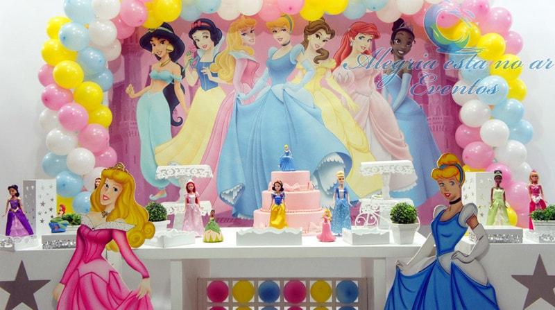 Decoração de aniversário de princesas da Disney