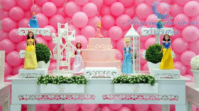 Decoração de festa infantil de princesas