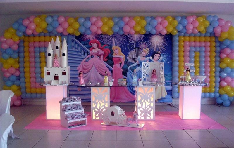 Festa infantil de princesas indoor