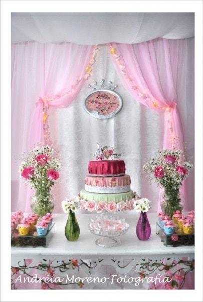 Decoração de aniversário de festa infantil de princesas