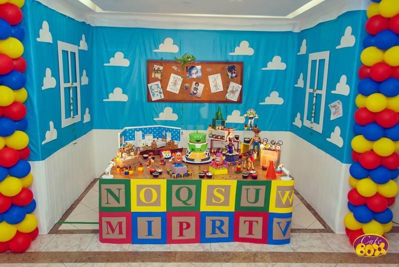 Decoração de festinha infantil de Toy Story
