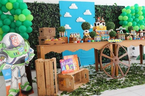 Festa infantil de Toy Story externa