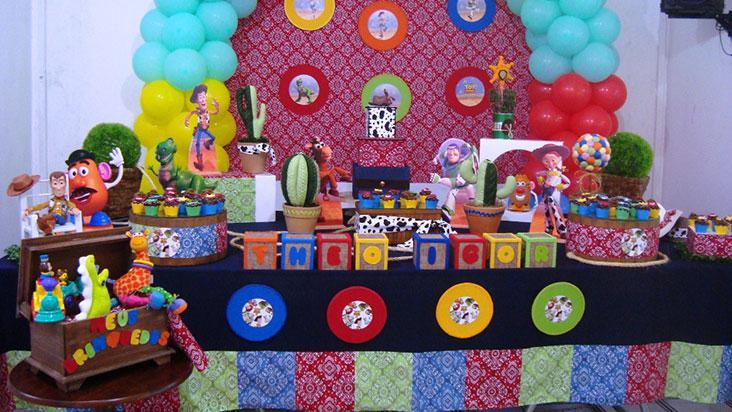 Decoração para festinha de aniversário infantil de Toy Story