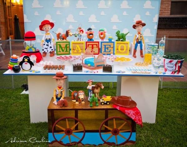 Decoração personalizada de festa tema Toy Story