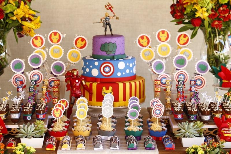 Decoração de aniversário dos vingadores