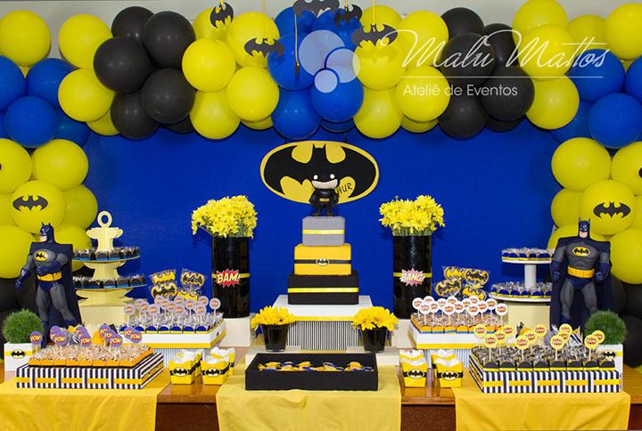 Mesa de aniversário decorativa do Batman