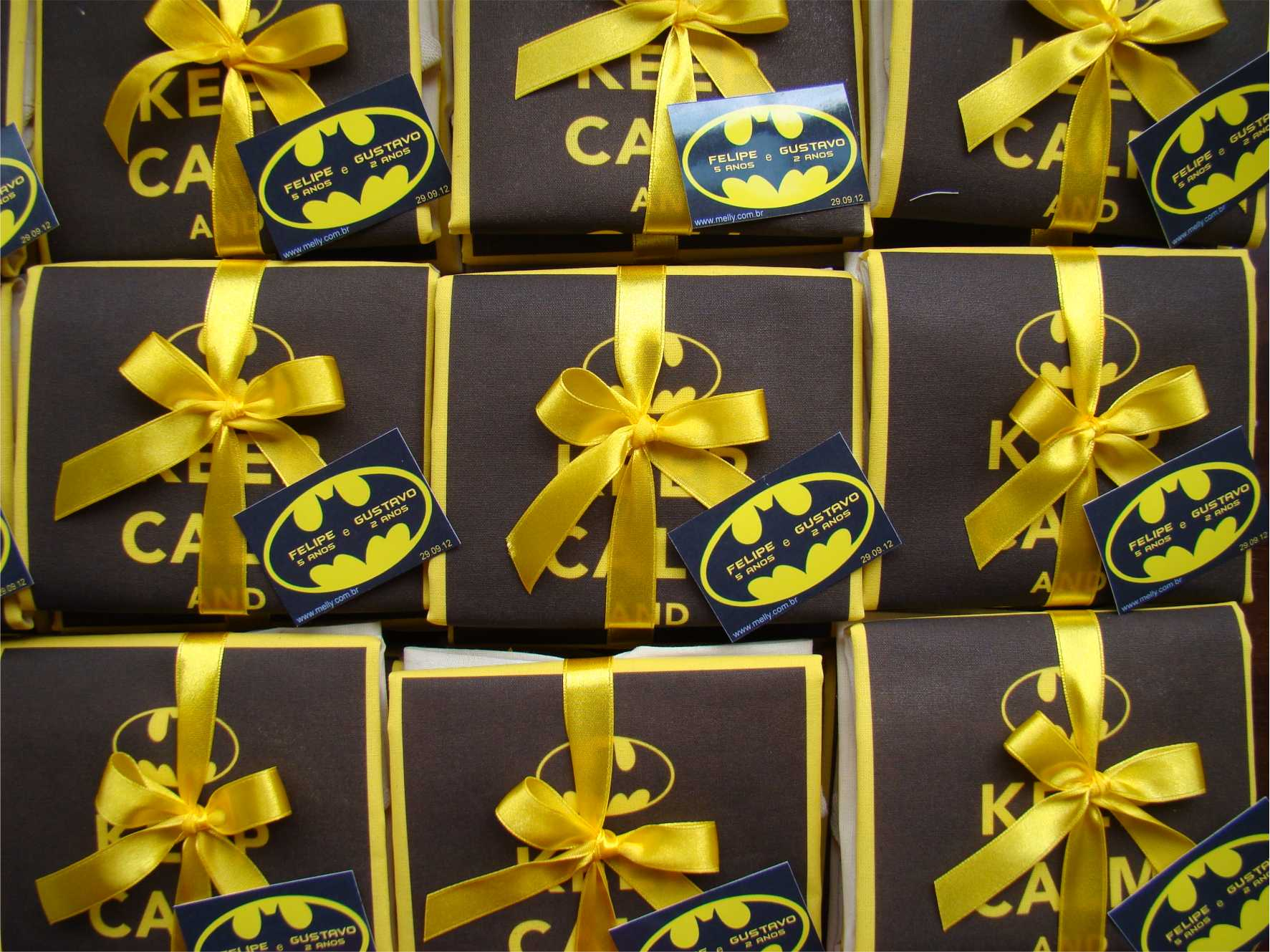 Caixinhas de papel personalizadas do Batman de lembrancinha de aniversário infantil