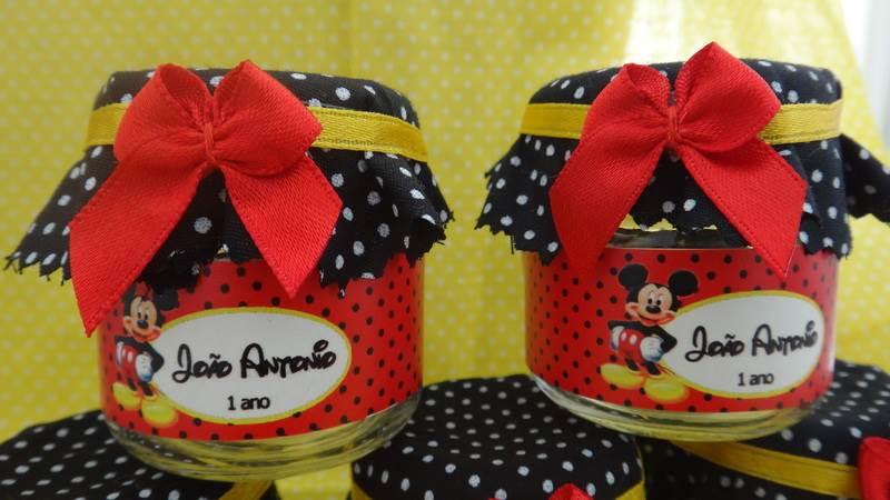 Potes de vidro temáticos do Mickey Mouse