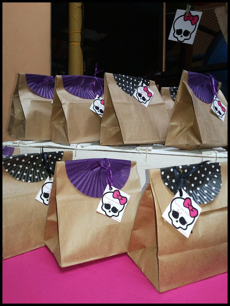 Sacolinhas de lembrancinha para aniversário Monster High