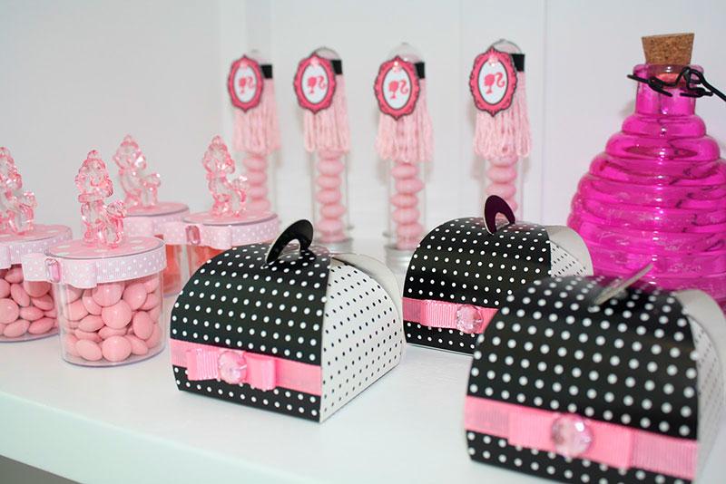 Caixinhas de lembrança da Barbie de aniversário