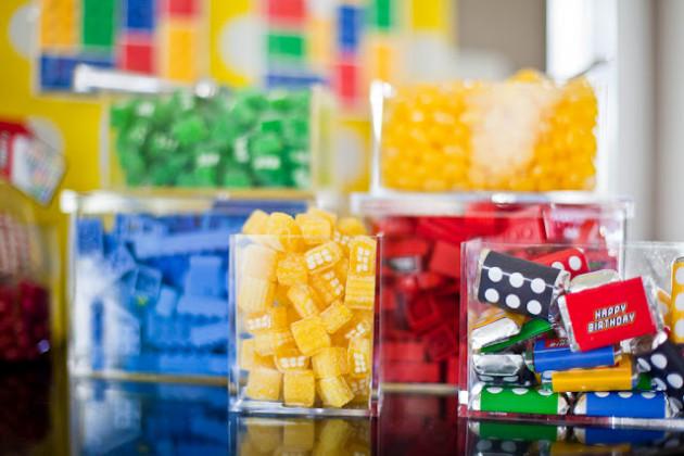 Pecinhas da lego de lembrança de festa