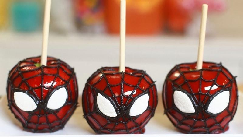 Maçã do amor do Homem Aranha