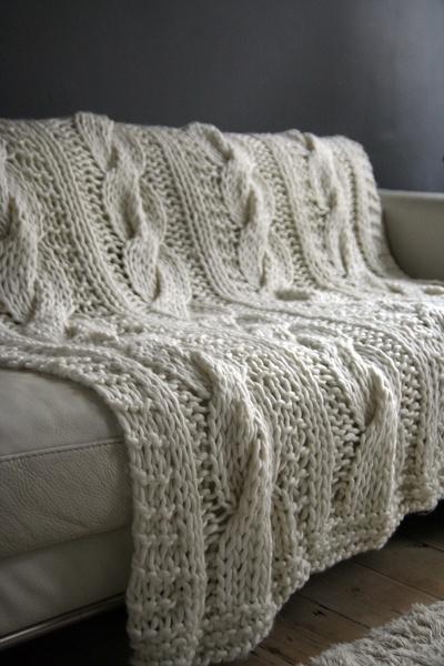 Manta de tricô para sofá na sala de estar