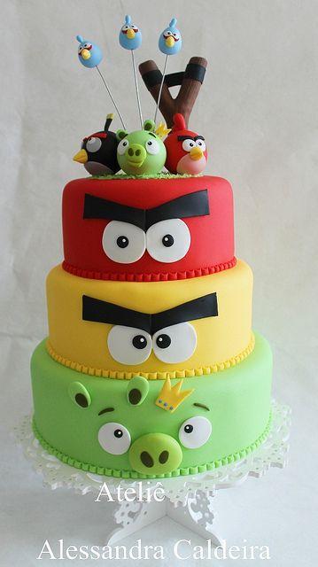 bolo de aniversário decorativo angry birds