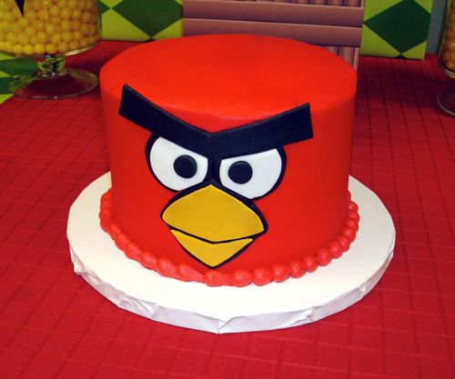 Bolo de red, o principal personagem de angry birds