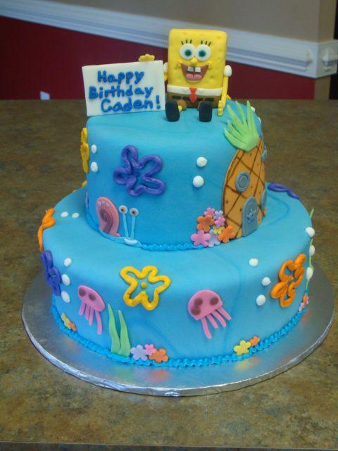 Bolo de aniversário temático do bob esponja