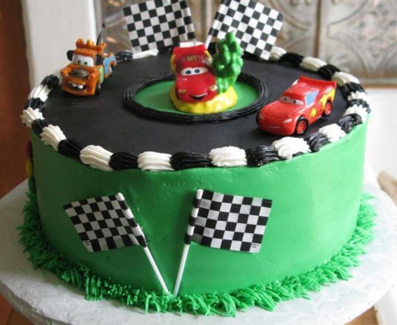 bolo decorativo de aniversário carros